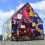 Витражное стекло при строительстве дома