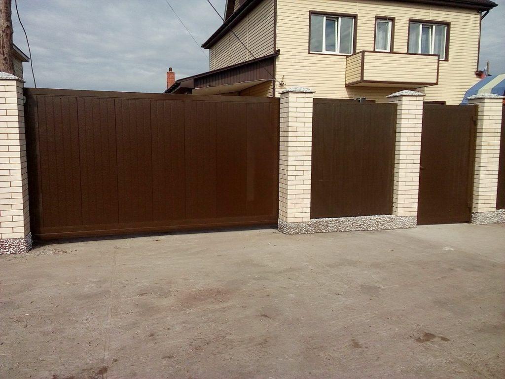 какой лучше забор +для дома