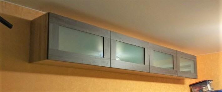 Навесные шкафчики с фасадами