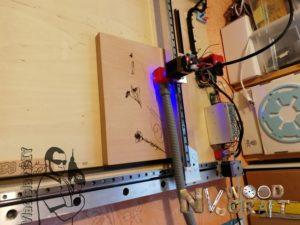 Лазерный станок для гравировки на шкатулке