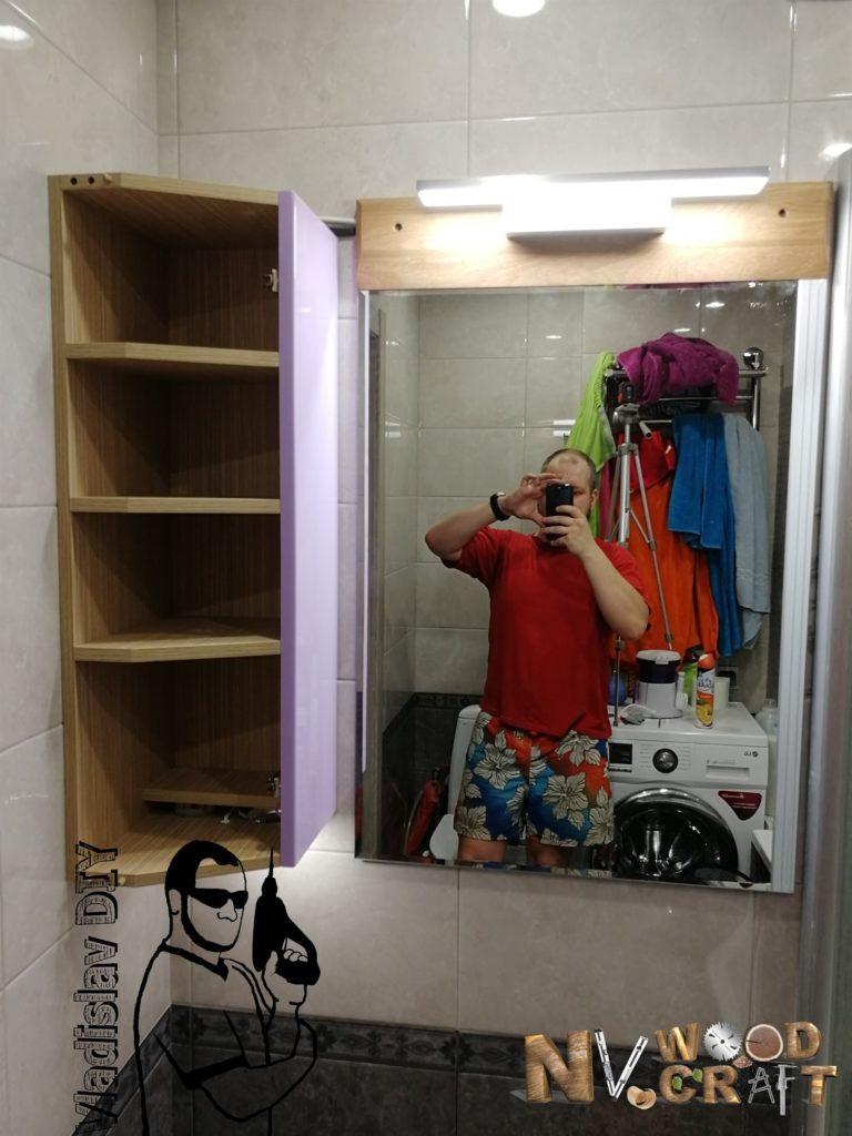Монтаж углового шкафчика и зеркала