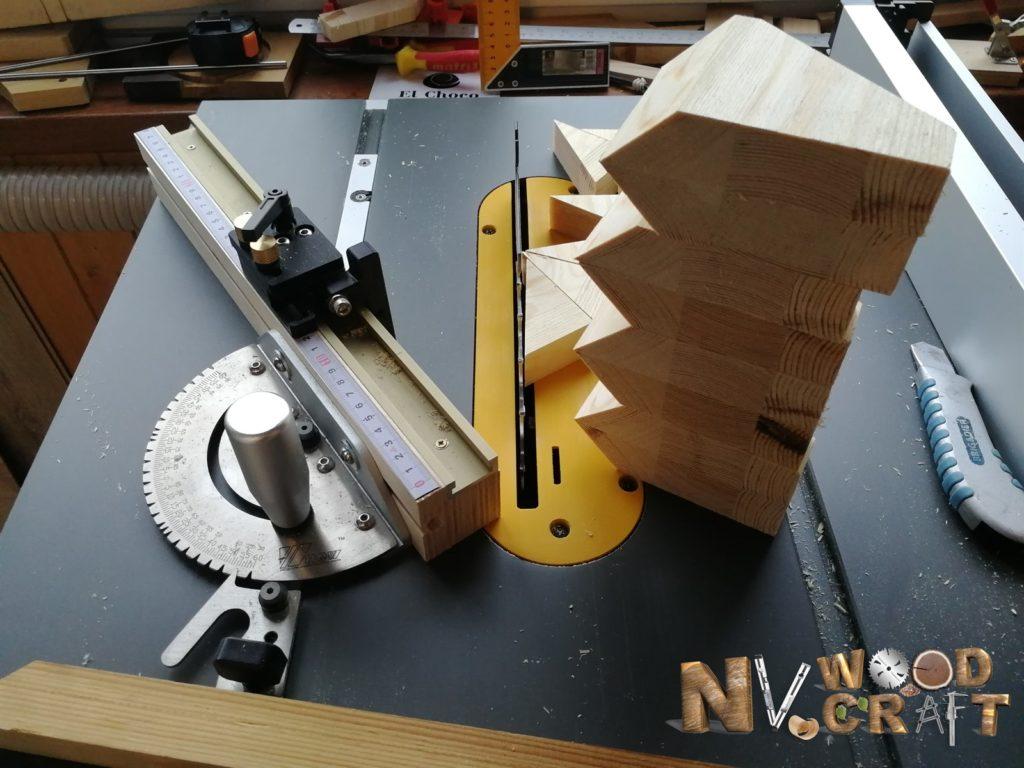 Заготовки для опоры в большой комод из дерева