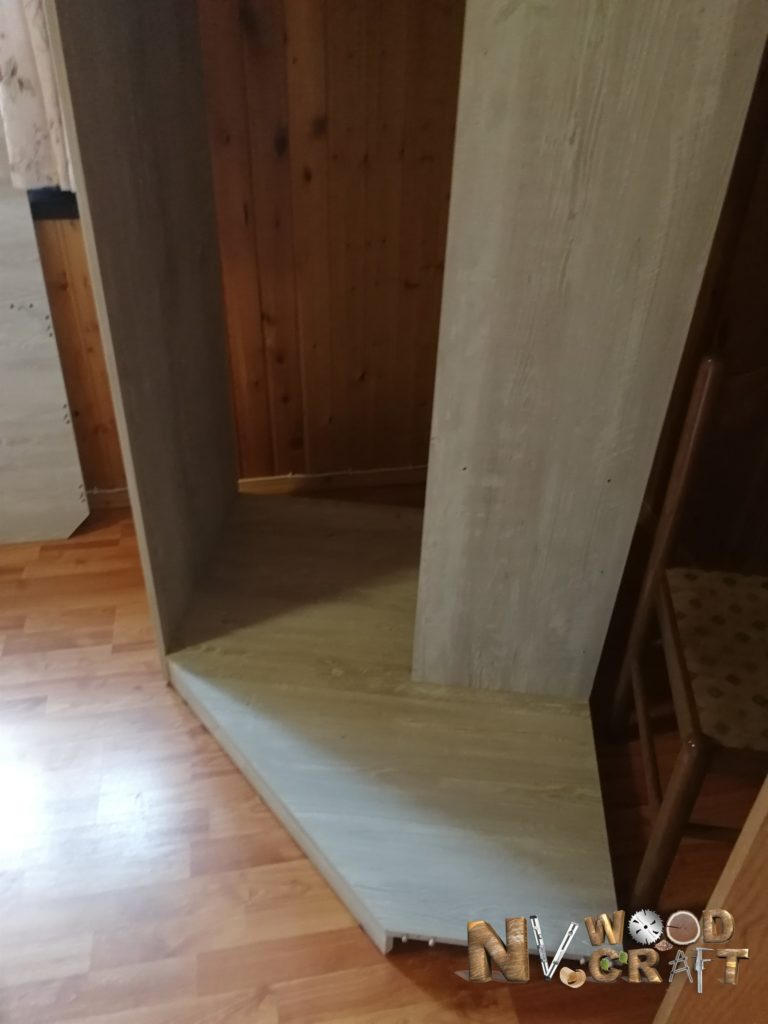 Сборка шкафа стоя