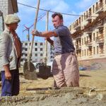 pered-prazdnikom-filmy-pro-stroitelej-ot-elektis